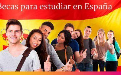 Las 8 mejores becas para estudiar en España [en el 2021]